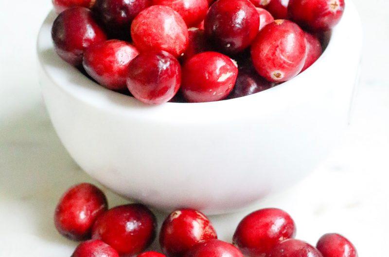 Pain aux noix, canneberges & dattes